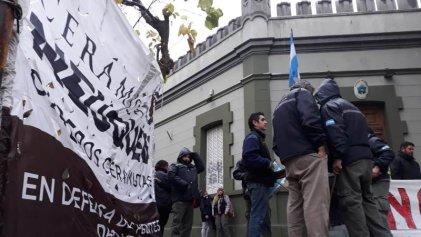Neuquén: ceramistas exigen reunión con el gobierno provincial