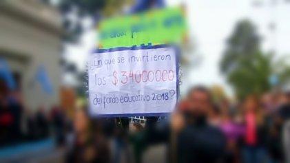 En San Vicente persiguen a docentes por exigir respuestas sobre el Fondo Educativo