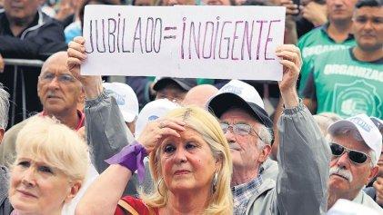 Cinismo sin límites: funcionarios macristas piden conciencia sobre el maltrato a la vejez
