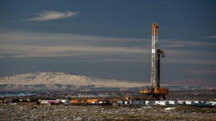 Cuatro claves sobre el decreto que congela el precio de naftas y petróleo