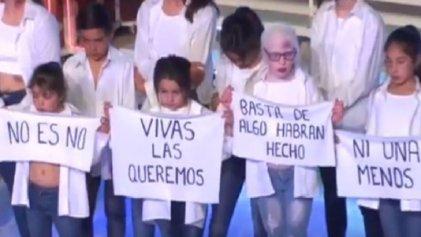 """Crítico teatral repudió performance contra la violencia machista: """"Estoy harto del Ni una menos"""""""