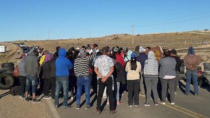 Se profundiza la lucha de los desocupados que cortan la ruta en Zapala