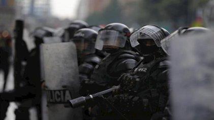 Gobierno de Duque defiende uso de armas letales como la que asesinó a Dilan Cruz