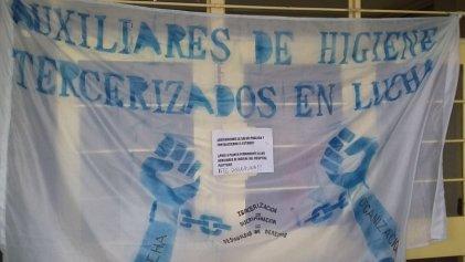 Despidieron a más de 20 trabajadores en el hospital de Plottier