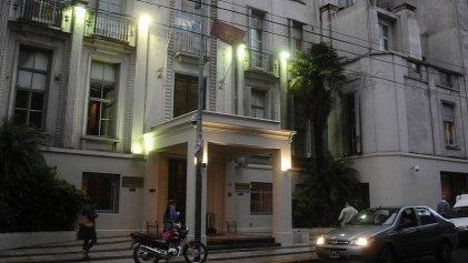 Sanatorio Otamendi recorta salarios: el Gobierno los financia y Daer justifica