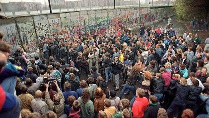 A 31 años de la caída del muro de Berlín: los mitos que tenemos que derribar