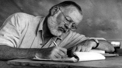 Amar azul: Hemingway y su épica oda al mar