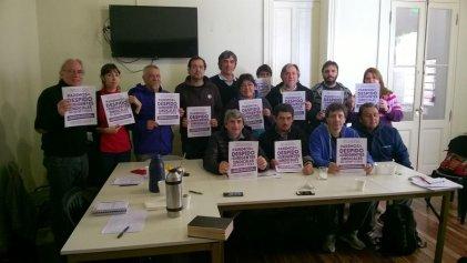 Despidos persecutorios y antisindicales a 17 docentes de Tierra del Fuego