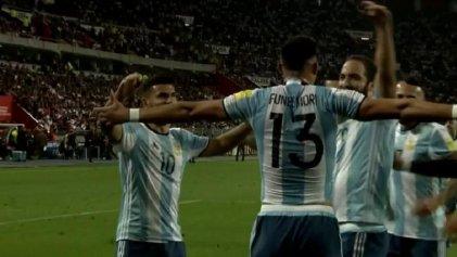 Argentina sin Messi le regaló un empate a Perú