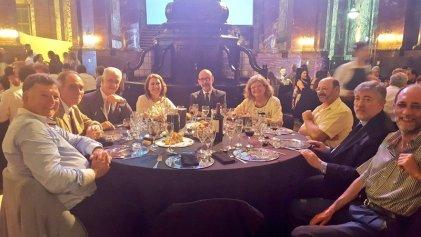 En medio del ajuste presupuestario la UNR festejó sus 48 años con una lujosa cena