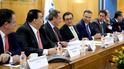 Secretaría de Economía presenta prioridades para complacer a EEUU en TLCAN