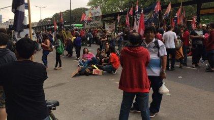 Bachilleratos populares se movilizan contra la reforma educativa