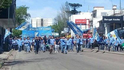 Choferes de Expreso Lomas se manifestaron en Banfield