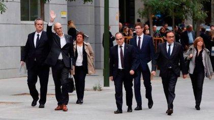 Prisión sin fianza para el Govern catalán: ¡Presos políticos, libertad!