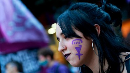Estudiantes contra la Real Academia Española