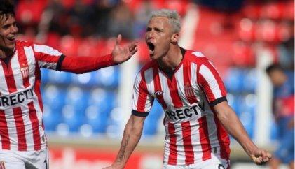 En el debut, Estudiantes goleó a Tigre en Victoria