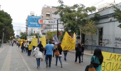 La salud pública de Neuquén continúa en lucha por mejoras salariales