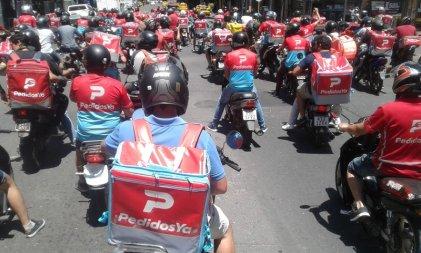 Trabajadores de Pedidos Ya volvieron a movilizarse por las calles de Córdoba