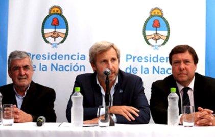 Con represión y la ausencia de Macri, anunciaron el Proyecto Patagonia