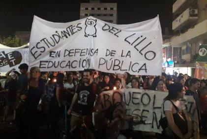 Estudiantes ratificaron medidas para continuar la lucha