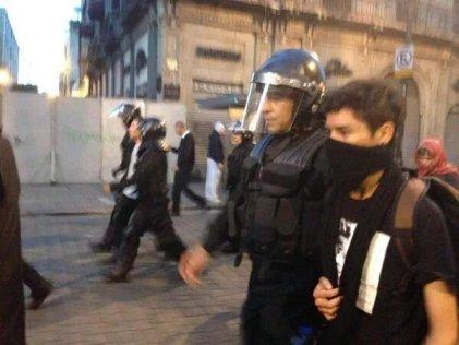 Represión al finalizar la marcha del 2 de Octubre