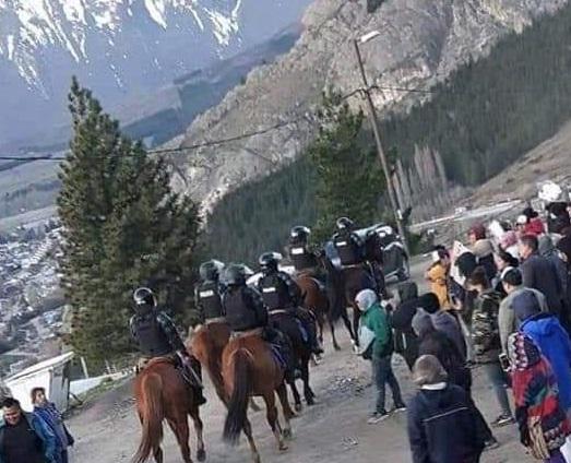 Esquel: Massoni con la montada violenta los barrios populares