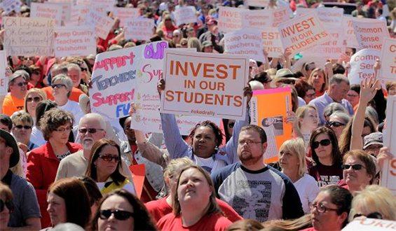 Estados Unidos: los docentes de Oklahoma también salen a luchar