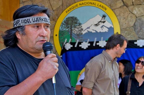 """Grave: Gendarmería irrumpe en comunidad mapuche en Neuquén """"en búsqueda de Santiago Maldonado"""""""