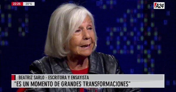 """Beatriz Sarlo, como Tinelli y Clarín, hace campaña por Lavagna: """"Tiene un currículum exitoso"""""""