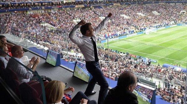 Macron: el presidente que expulsa inmigrantes, pero festeja sus goles