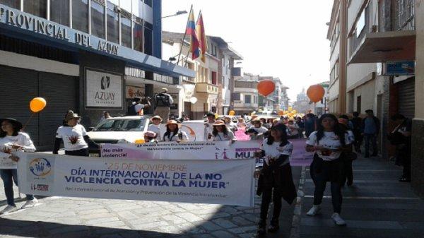 #25N: el Estado ecuatoriano lanza nueva ley pero continúa negando derechos a las mujeres