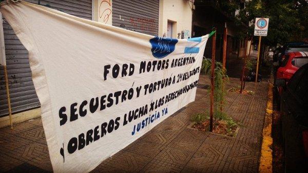 """Causa Ford: """"Cárcel para quienes torturaron a nuestros padres y a los demás obreros"""""""