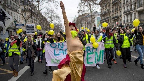 Las mujeres en la primera línea de la rebelión de los chalecos amarillos