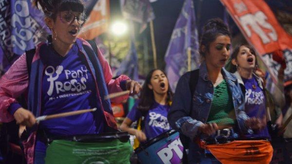 No lo vimos por TV: las estudiantes teñimos de verde La Plata