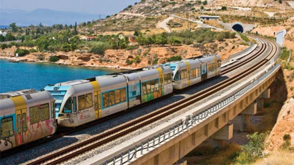 Grecia a precio de remate: Tsipras privatiza los trenes y el puerto