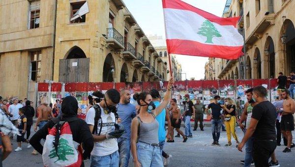 Renunció el Gobierno libanés en medio de la crisis política y social