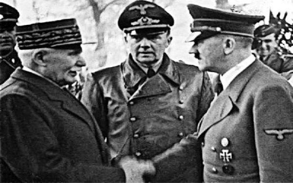 """Petain, colaborador y verdugo de 1917: """"un gran soldado"""" según Macron"""