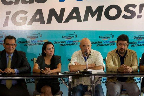 La oposición derechista obtuvo el control total del parlamento venezolano