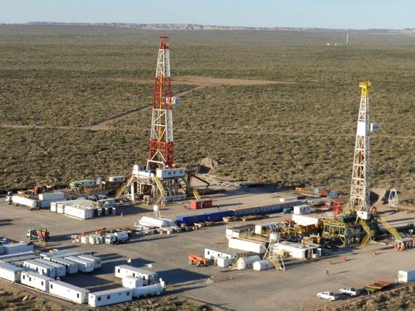 Mendoza: Cornejo autorizó evaluar otros cinco pozos de fracking en Malargüe