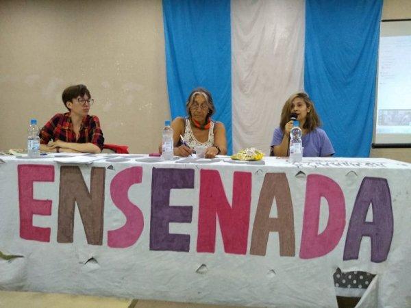 Suteba Ensenada: Jornada de ESI, identidad de género e infancias trans