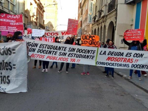 Córdoba: el sindicato les cierra la puerta a docentes suplentes