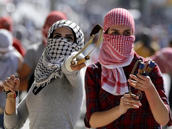 Israel despliega tropas en barrios árabes y aumentan los enfrentamientos