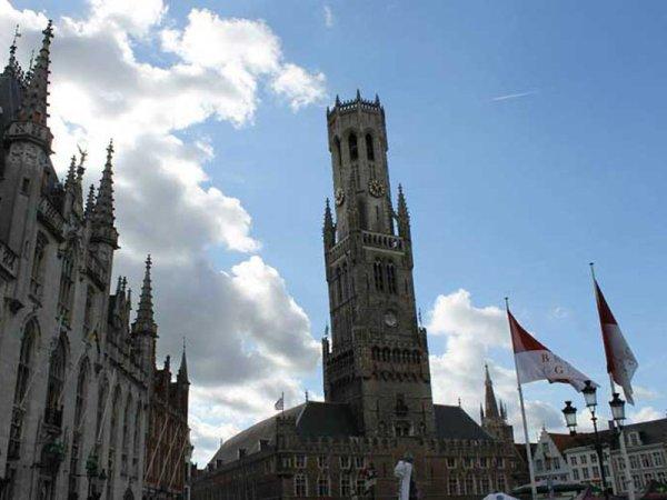 Brujas: una ciudad estancada en el Medioevo