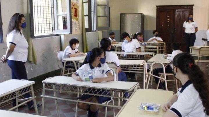 Covid en escuelas. En Córdoba, ¿cuánto vale la vida de un docente?
